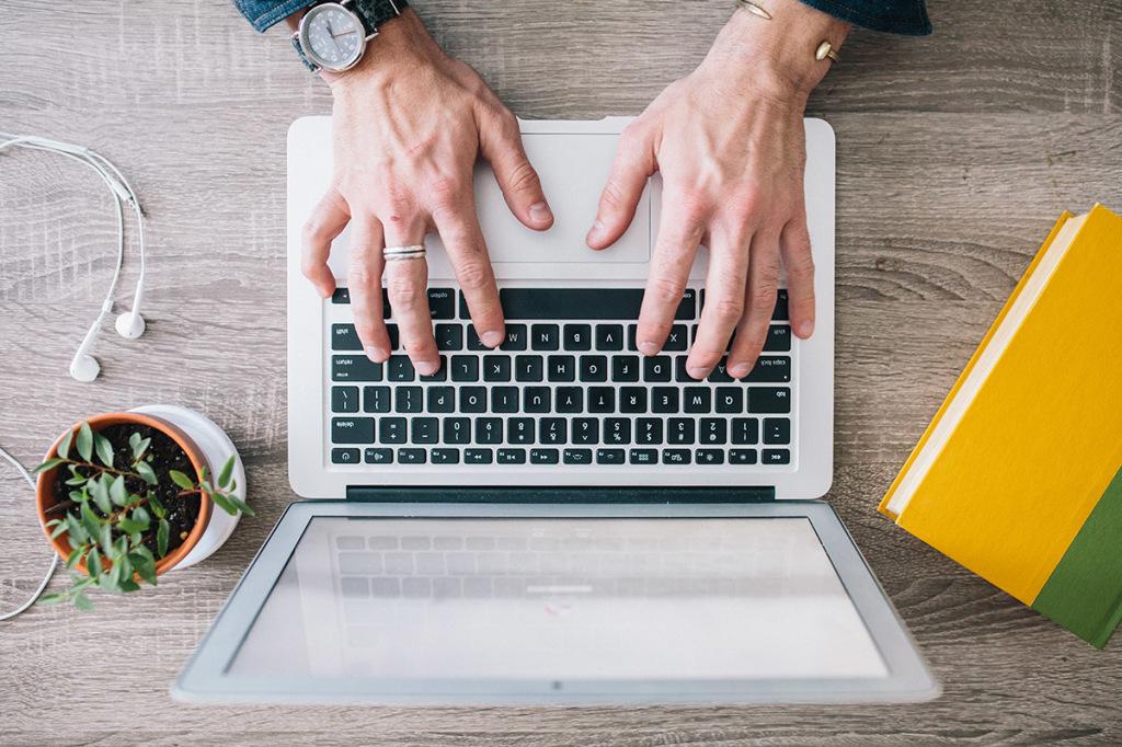 מה לחפש בכותב תוכן