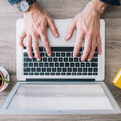 איך תמצאי כותב תוכן אידיאלי?